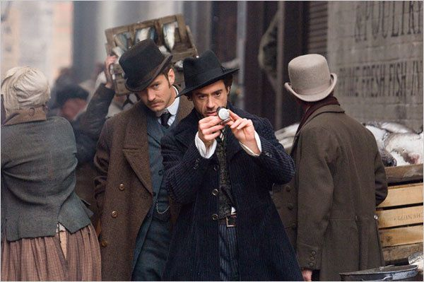 sherlock_holmes_movie_image_downey_law_2.jpg