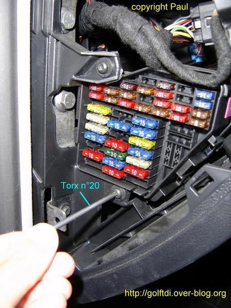 Sujet469520 on fuses and relay volkswagen touran