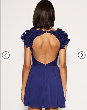 robe-asos-derriere.png