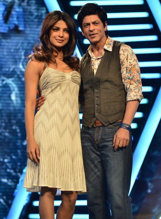 Shahrukh-Khan---Priyanka-Chopra-on-Zor-Ka-Jhatka.jpg