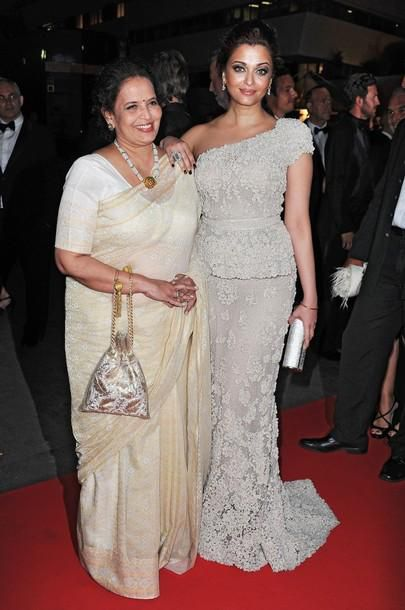 Aishwarya---Vrinda-Rai-at-the-Opening-Night-Dinner-at-Canne.jpg