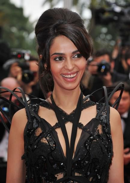 Mallika-Sherawat-at-the-Pirates-of-the-Caribbean-Premiere-a.jpg