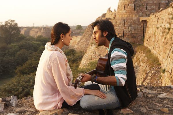 Rockstar-Movie-Stills-Feat.-Ranbir-Kapoor-And-Narg-copie-2.jpg