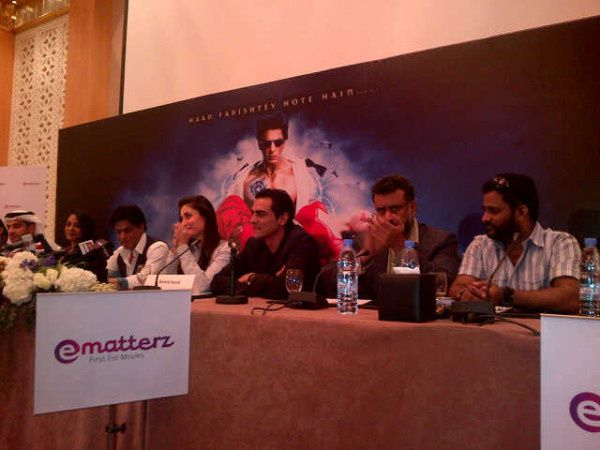 Conference-de-presse---Ra.-One---SRK--Kareena---A-copie-2.jpg