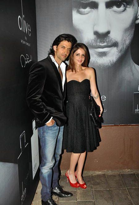 Arjun-Rampal-Launches-His-Perfume-1.jpg