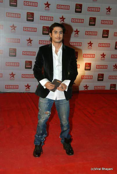 star-screen-awards-2011-g.jpg