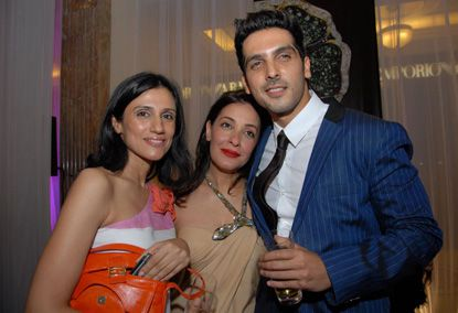 Hrithik--Sussanne-and-the-rest-of-the-clan-joined--copie-5.jpg