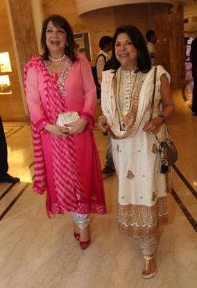 Hrithik--Sussanne-and-the-rest-of-the-clan-joined--copie-9.jpg