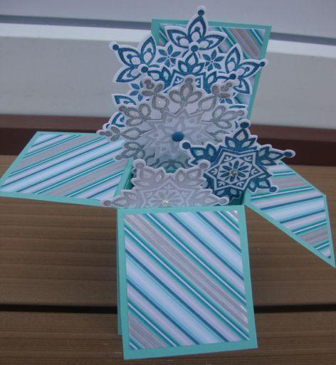 Carte cube 3D Jolis flocons (1)