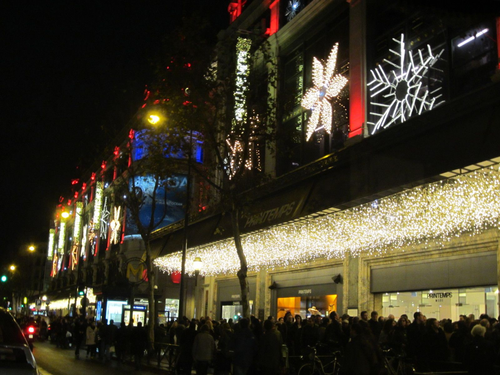 #AF211C ImmoAlternativ€: Printemps Galeries Lafayette Champs  5365 decorations de noel champs elysees 1600x1200 px @ aertt.com