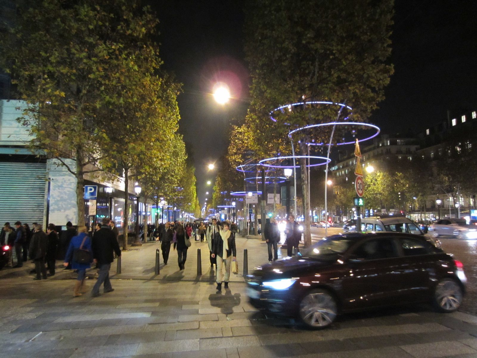 #8A7542 ImmoAlternativ€: Avenue Des Champs Elysées Illuminations 2012 5365 decorations de noel champs elysees 1600x1200 px @ aertt.com