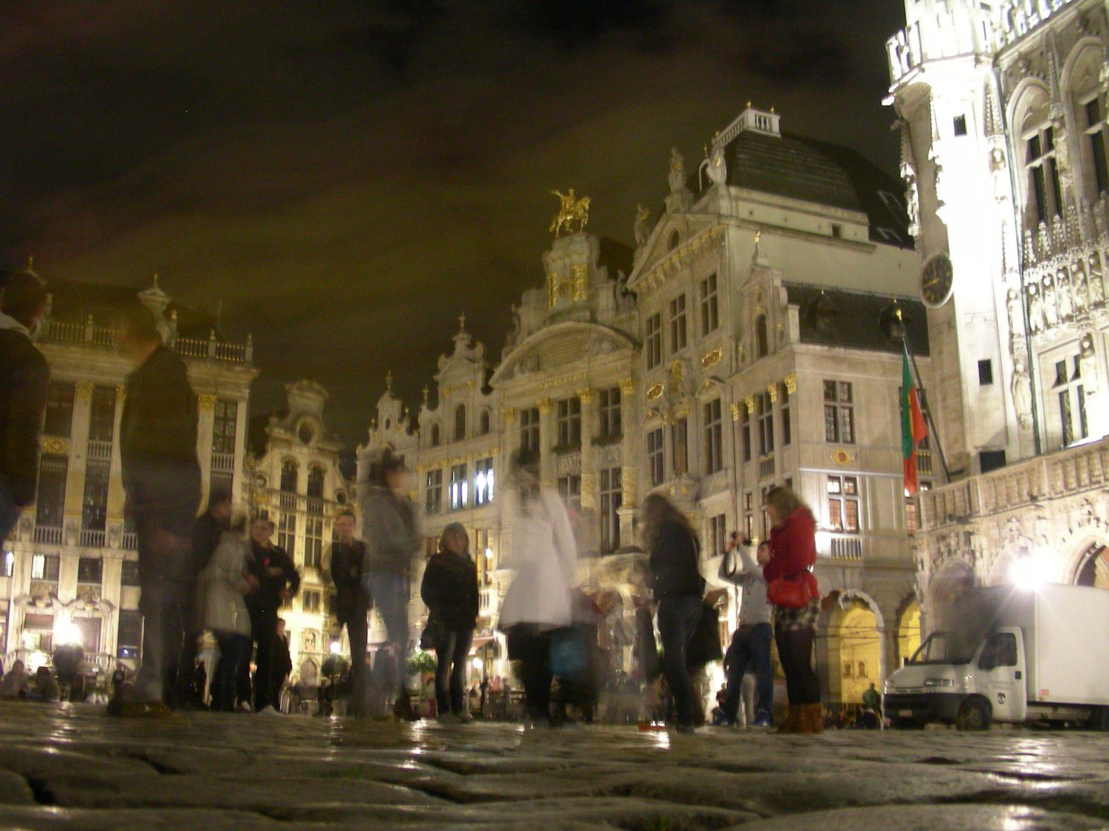 http://idata.over-blog.com/0/32/10/53/villes-geo-urbaine/Bruxelles.jpg