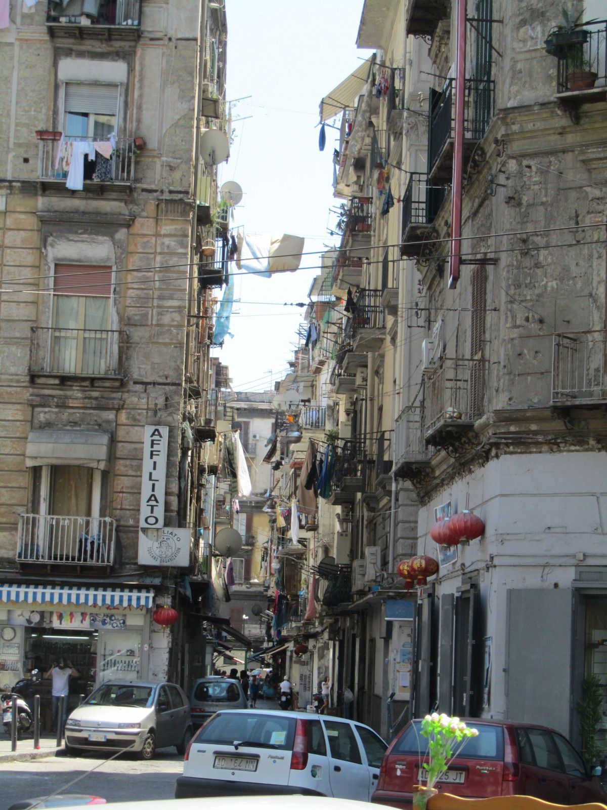 http://idata.over-blog.com/0/32/10/53/villes-geo-urbaine/Naples.jpg