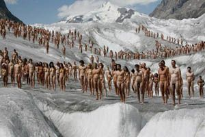 spencer-tunick1-300.jpg