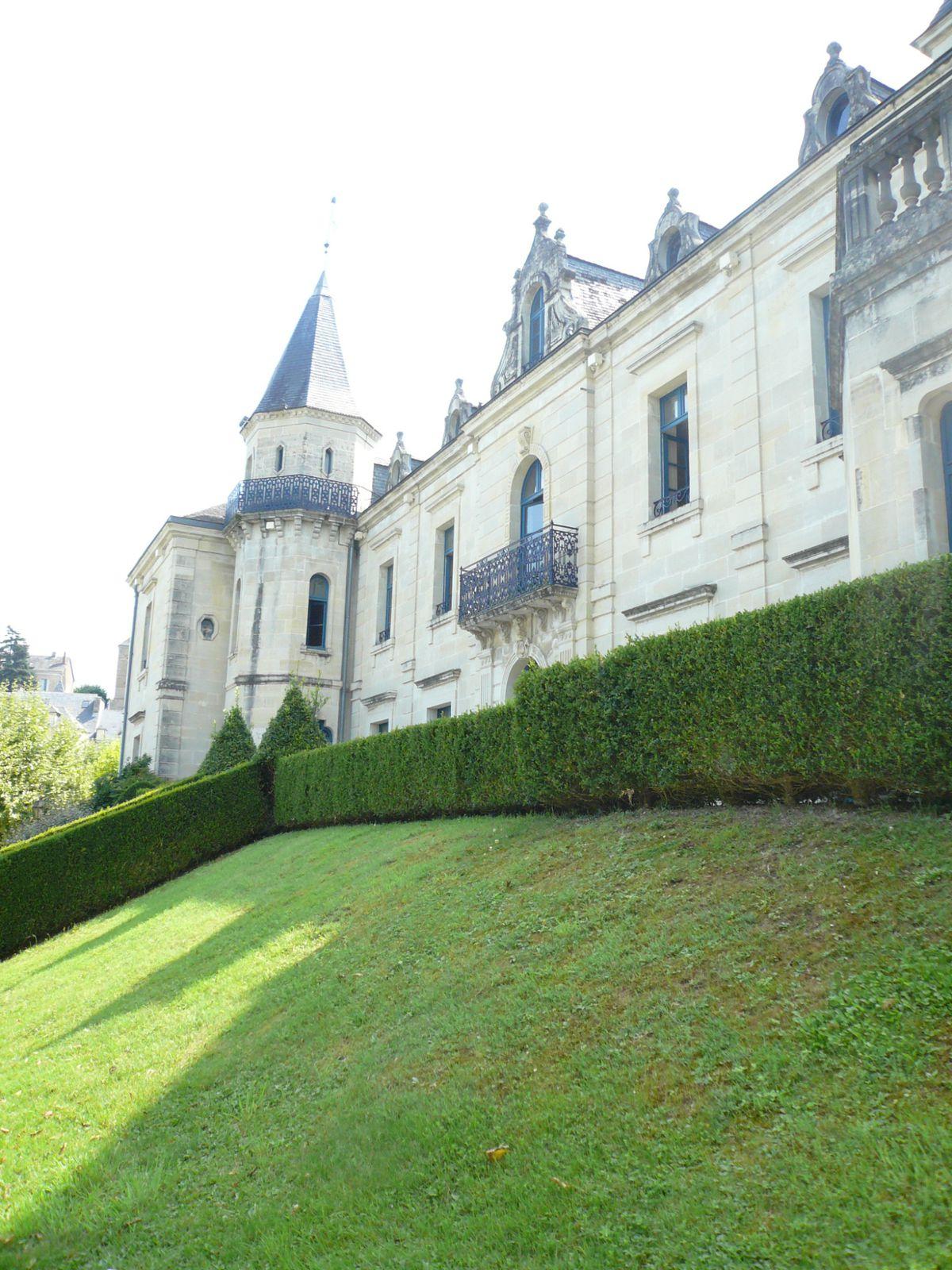 Album les jardins de l 39 imaginaire lescatels - Les jardins de l imaginaire a terrasson ...