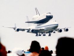 250px-Space-shuttle-Enterprise-piggy-backed-on-a-Boeing-747.jpg