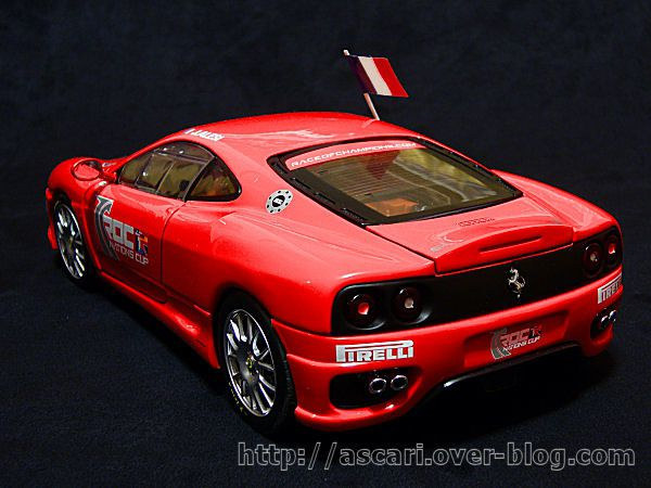 1-18-Ferrari-360-Challenge-Race-of-Champions-2004-Hot-Wheels-modifi-e-01.JPG