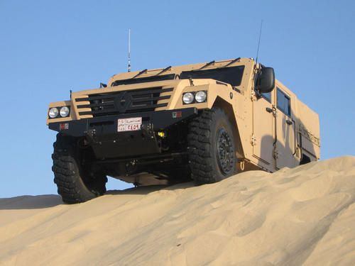 Renault-Trucks-Defense-Sherpa-2