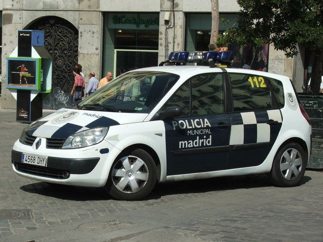 Renault Scenic police