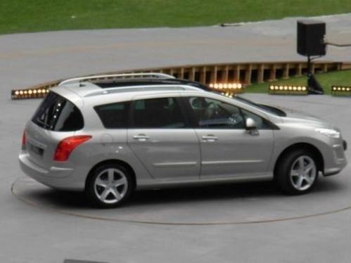 Peugeot-308-SW.jpg