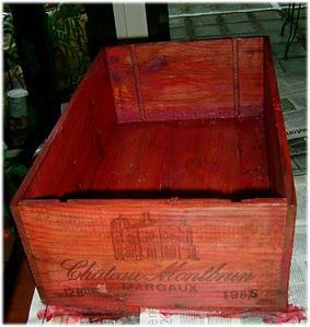 restauration d 39 une caisse de vin et patati et petites croix. Black Bedroom Furniture Sets. Home Design Ideas
