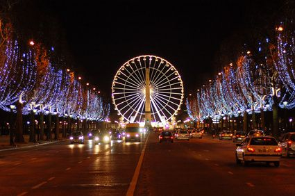 illuminations-Champs-Elysees.jpg
