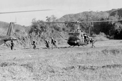 800px-Ia_Drang_Infantry_disembarking_from_Helicopter.jpg