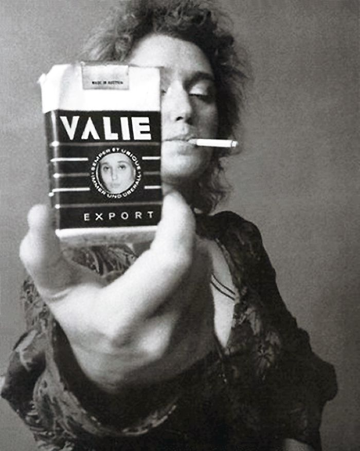 Valie-EXPORT-from-point-to-smoke