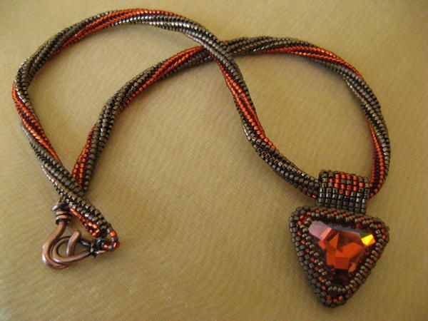 Triangle-necklace-1.JPG