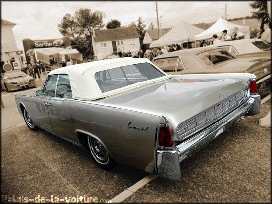 DSCN1516_lincoln_continental_convertible_74A_-63.JPG