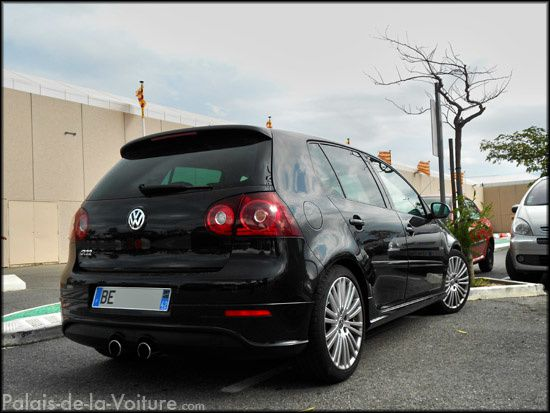 Af84 volkswagen golf 5 r32 palais de la for Golf 5 interieur 2008