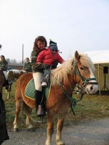 raphael-sur-le-cheval1.jpg