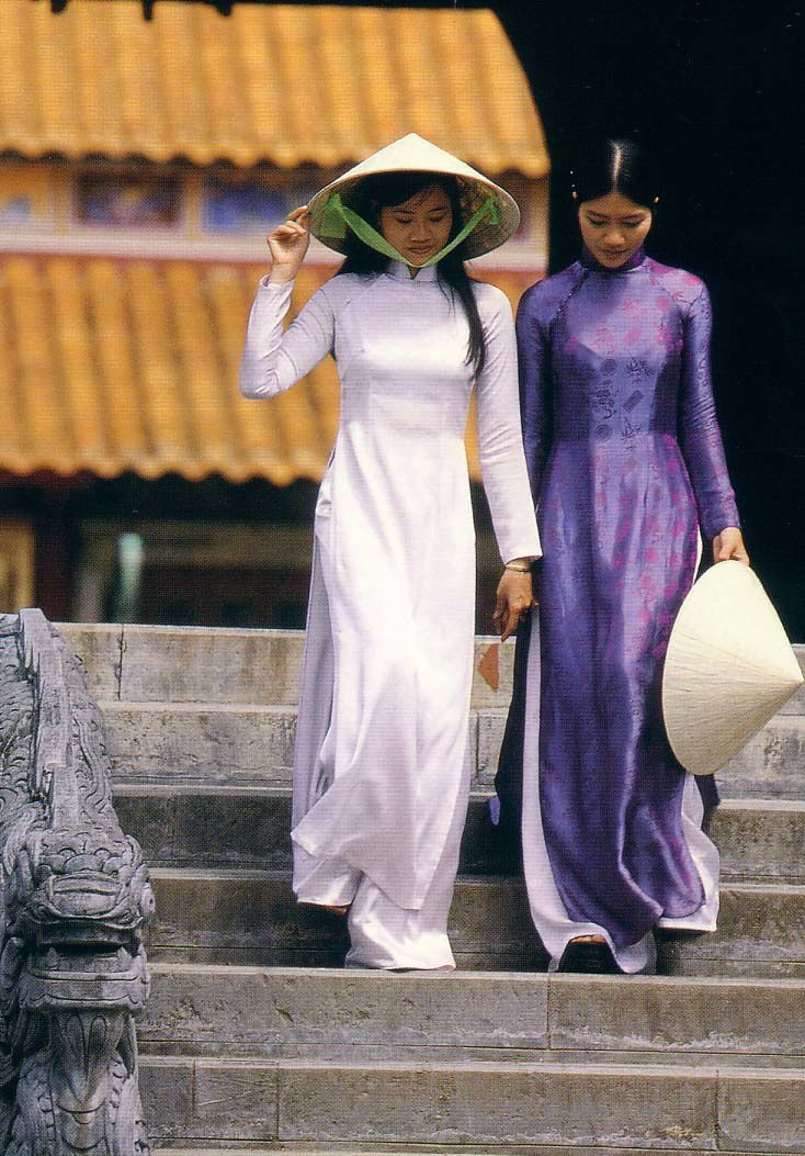 Vietnam Costume http://ame-vietnamienne.over-blog.com/article-4064818.html