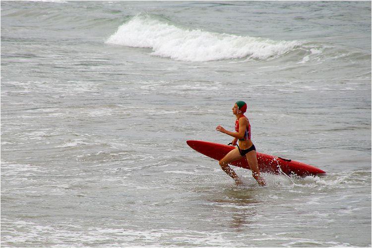 L'association des secouristes de la cote d'émeraude organisait les 7 et 8 août 2010 les championnats de France des jeunes sauveteurs côtiers plage de l'écluse à Dinard. Les 200 meilleurs sauveteurs se sont donnés rendez-vous.