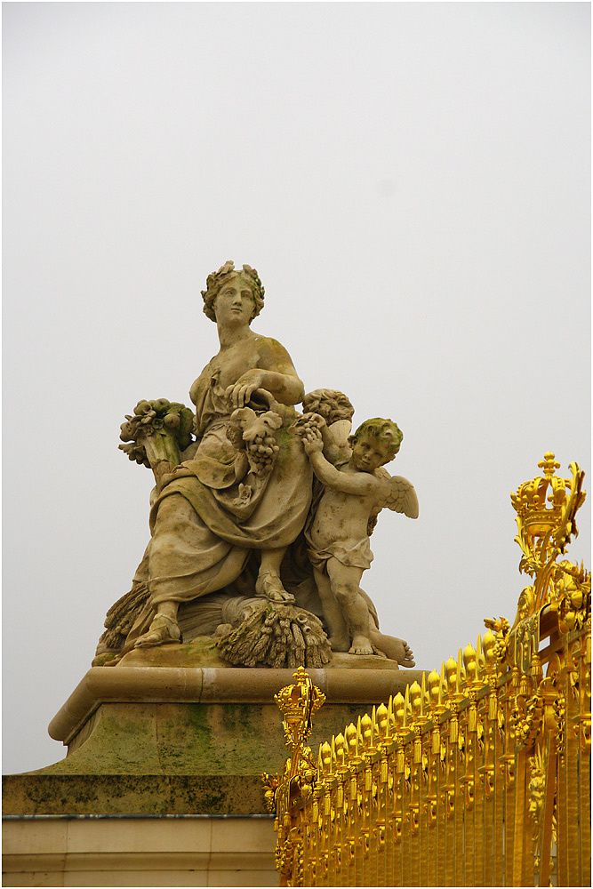 """Visite en touriste du château de Versailles au moment de l'exposition du japonais """"Takashi Murakami""""."""