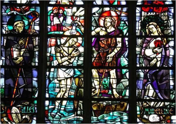 Magnifiques vitraux dans cette basilique.