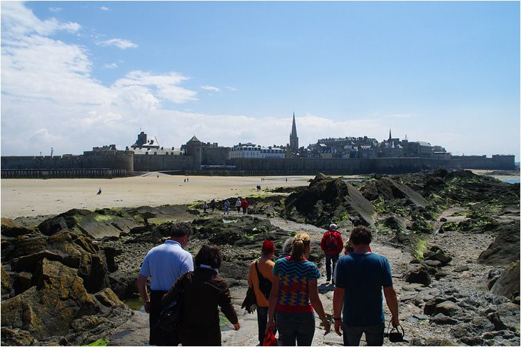 visite guidée en photos du Fort National à Saint Malo.