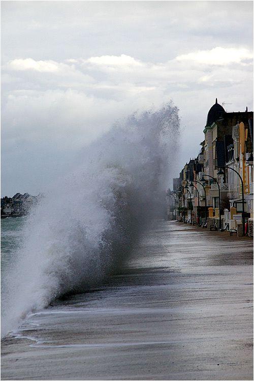 Lundi 10 mars, tempête et marée haute sur le Sillon