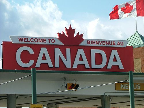 Welcome-to-Canada-Sign.jpg