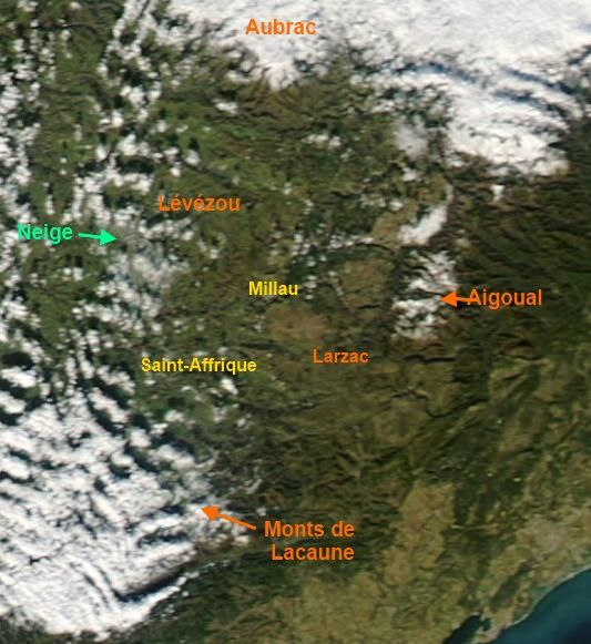Aqua-MODIS-satellite-Aveyron-neige-15h15.jpg