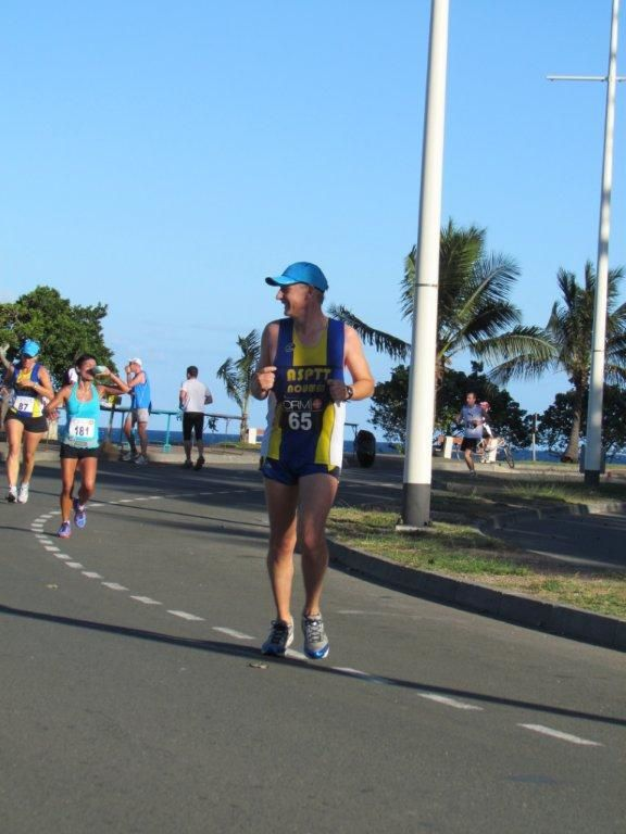 30ème marathon et semi de Nouméa2012