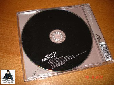 white_light_george_michael_maxi_cd_02.jpg
