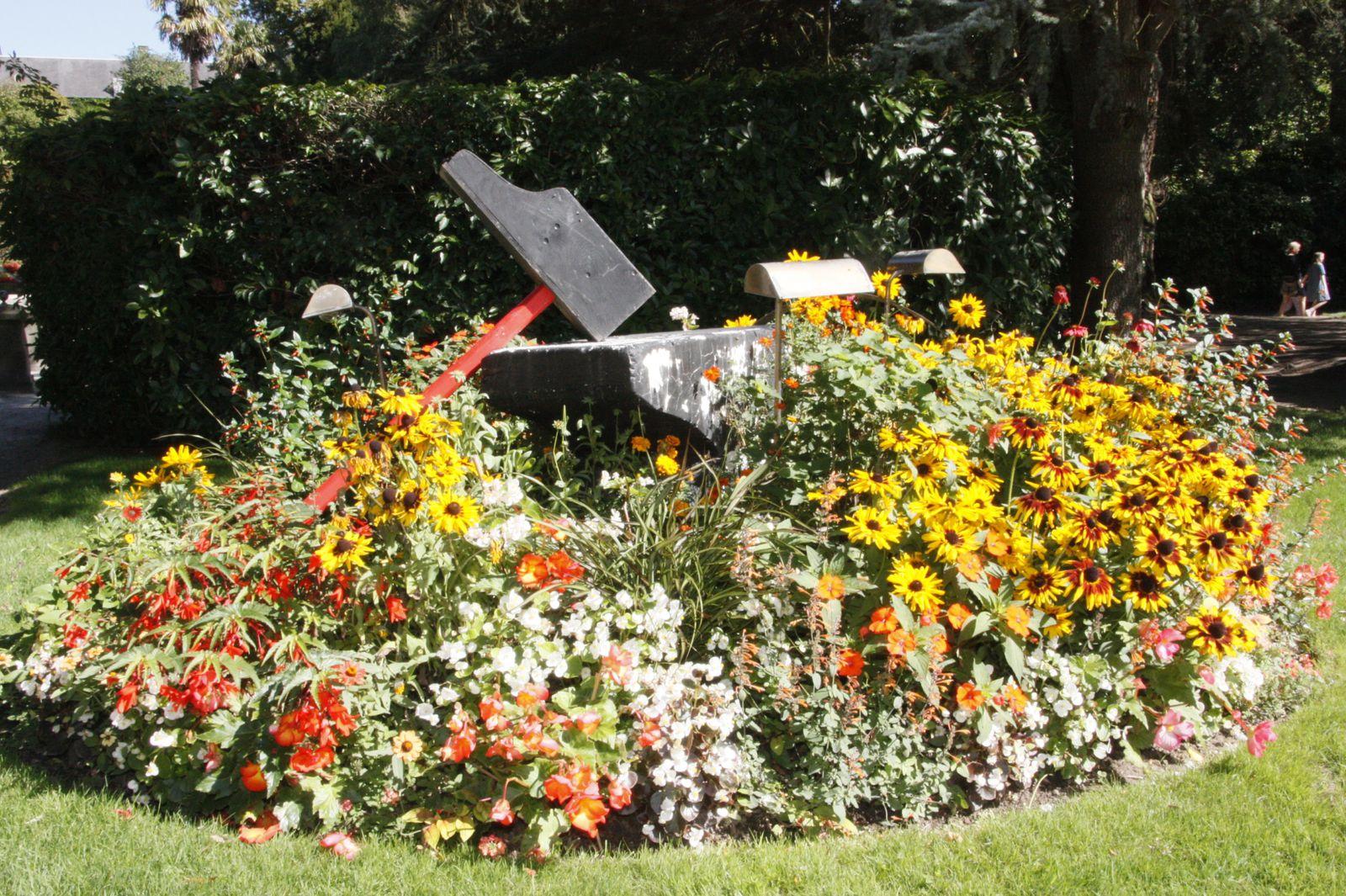 Jardin public de coutances les plaisanciers de dielette for Jardin publiques