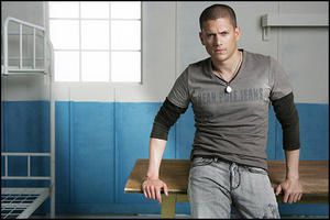 wentworth-miller-bean-pole-jeans-ad-01.jpg