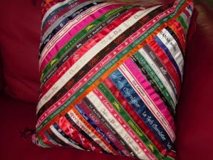 coussin-marques-2.jpg