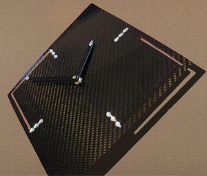 horloge carbon design
