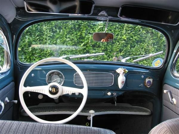 Gros Plan Coccinelle Quot Split Window Quot 1953 Renault