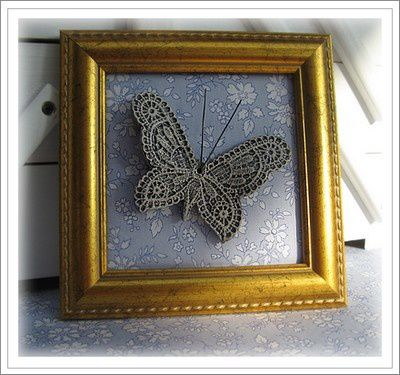 Papillon Framed