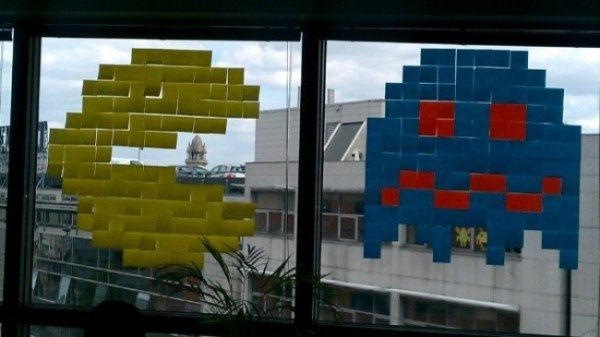 post-it-war-pacman-600x337.jpg