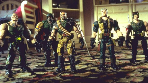 http://idata.over-blog.com/0/47/60/48/Blog/201212/small-soldiers-DI-DI-to-L8.jpg
